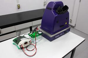 電気泳動装置+ゲル撮影装置 Bio-rad社製 Miniprotean tetra+UVP社製 DigiDoc It