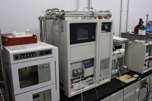 日本分析工業株式会社製 リサイクル分取HPLC LC-908